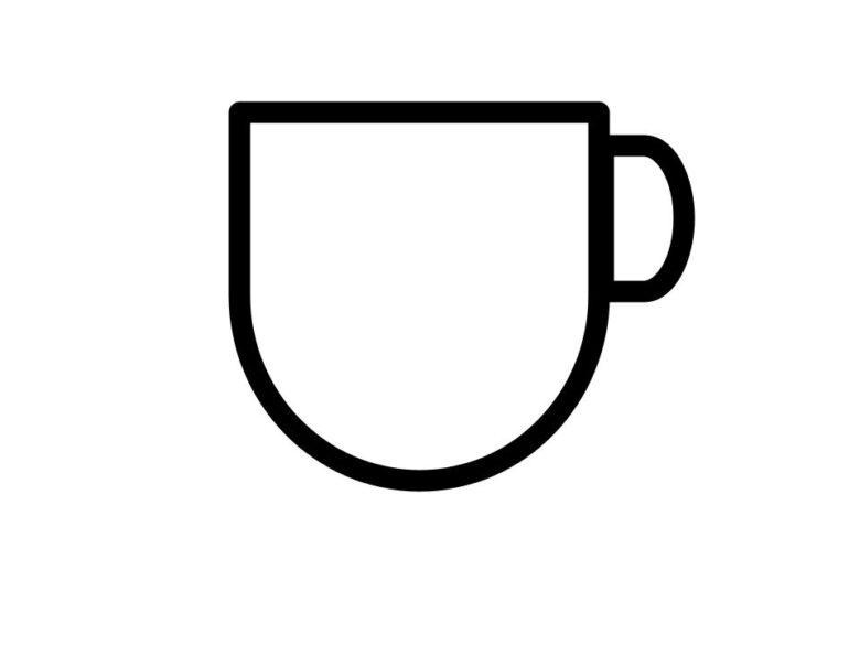 縁がまっすぐで幅が厚いカップ